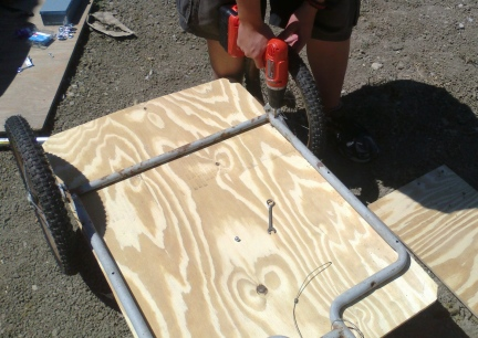 BikeTrailer Drilling Mounting Holes 2014-07-26